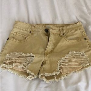 """Faded yellow Cotton On 91 """"Mid Saturday"""" shorts"""